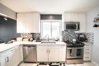 Photo 7: 2027 37 Street SW in Calgary: Glendale Detached for sale : MLS®# A1093610