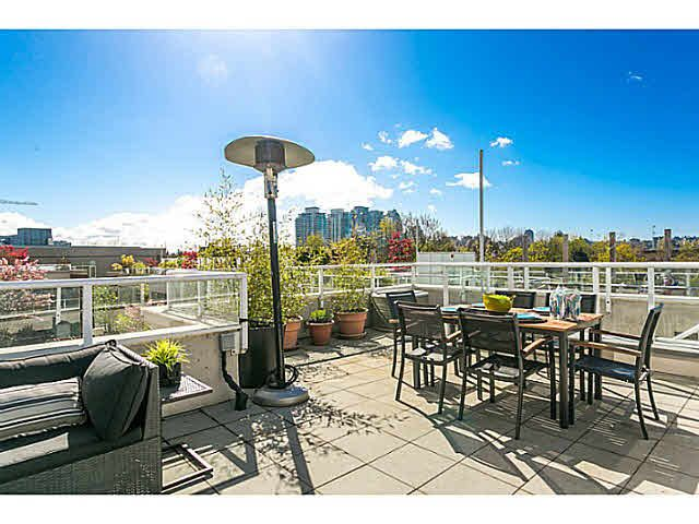 Main Photo: 16 550 TAYLOR STREET in : Downtown VW Townhouse for sale (Vancouver West)  : MLS®# V1116753