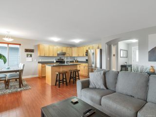 Photo 4: 82 STRATHCONA Way in CAMPBELL RIVER: CR Willow Point House for sale (Campbell River)  : MLS®# 836664