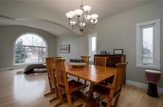Photo 7: 1548 STRATHCONA Drive SW in Calgary: Strathcona Park Detached for sale : MLS®# C4292231