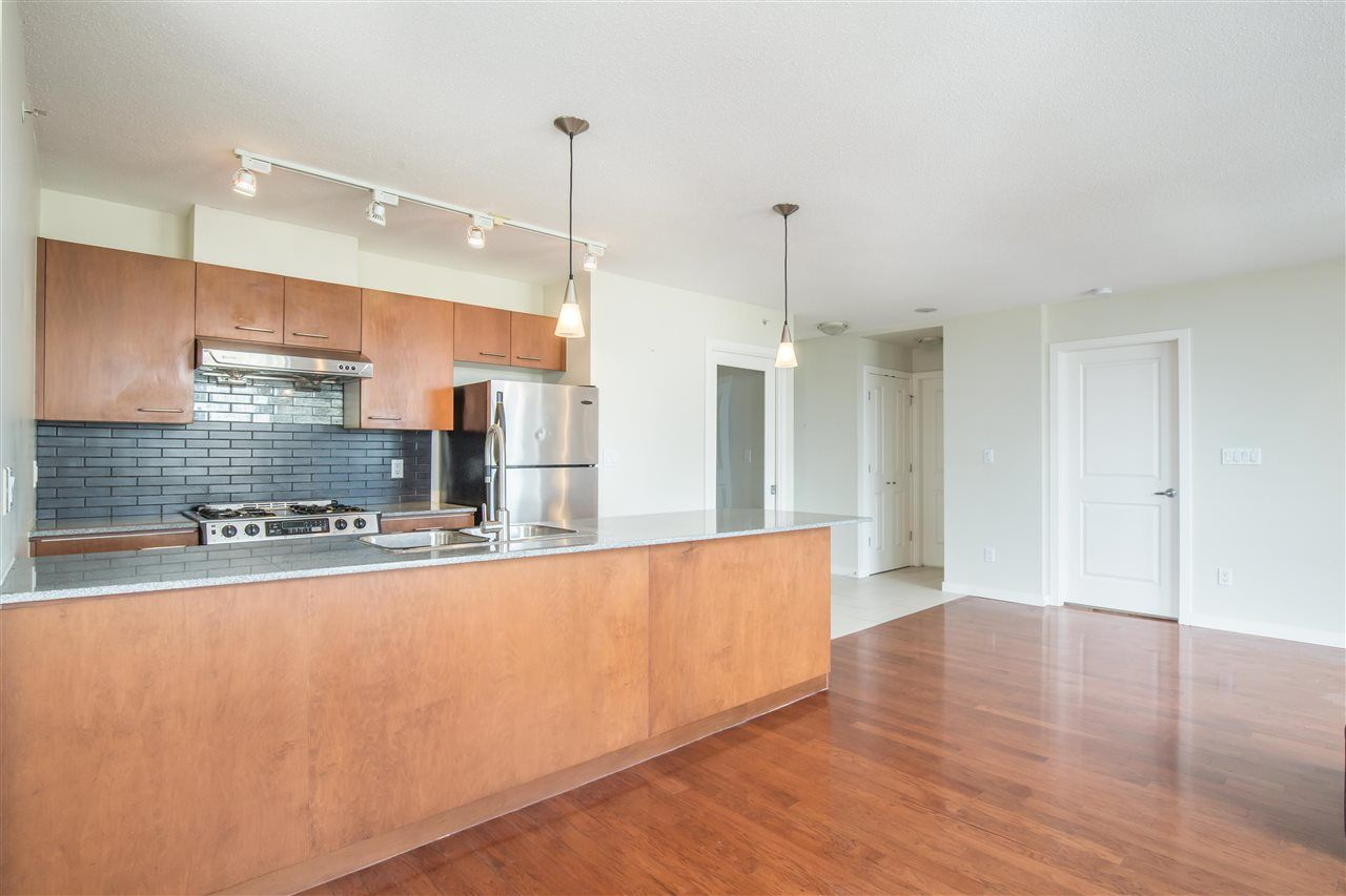 """Photo 8: Photos: 1102 4333 CENTRAL Boulevard in Burnaby: Metrotown Condo for sale in """"PRESEDIA"""" (Burnaby South)  : MLS®# R2388562"""