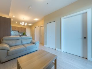 Photo 9: 309 2889 E 1ST Avenue in Vancouver: Renfrew VE Condo for sale (Vancouver East)  : MLS®# R2530197