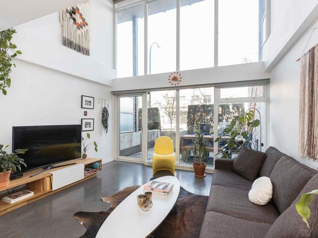 """Main Photo: 274 E 2ND Avenue in Vancouver: Mount Pleasant VE Townhouse for sale in """"JACOBSEN"""" (Vancouver East)  : MLS®# R2572730"""