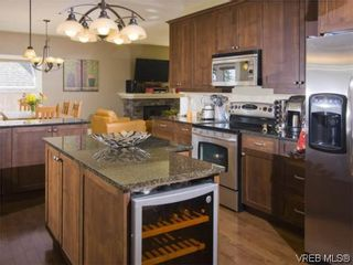 Photo 3: 3355 Sewell Rd in VICTORIA: Co Triangle House for sale (Colwood)  : MLS®# 572108