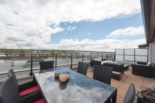 """Photo 1: 401 220 SALTER Street in New Westminster: Queensborough Condo for sale in """"GLASSHOUSE LOFTS"""" : MLS®# R2159431"""