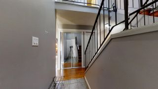 Photo 3: 1111 62 Street in Edmonton: Zone 29 Townhouse for sale : MLS®# E4239544