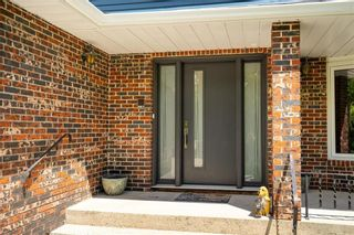 Photo 3: 39 Donald Road East in St Andrews: R13 Residential for sale : MLS®# 202104323