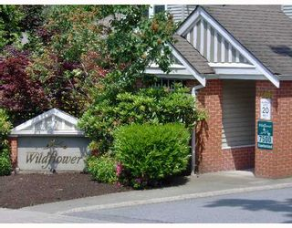 """Photo 1: 68 7500 CUMBERLAND Street in Burnaby: The Crest Townhouse for sale in """"WILDFLOWER"""" (Burnaby East)  : MLS®# V651853"""