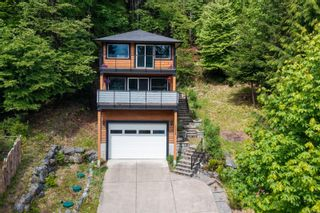 Photo 1: 10379 Arbutus Rd in Youbou: Du Youbou House for sale (Duncan)  : MLS®# 874720