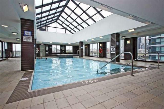Photo 10: Photos: 326 600 Fleet Street in Toronto: Niagara Condo for sale (Toronto C01)  : MLS®# C3510786