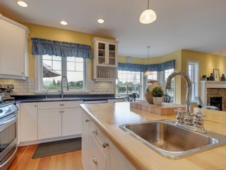 Photo 15: 7146 Wallace Dr in : CS Brentwood Bay House for sale (Central Saanich)  : MLS®# 878217