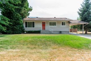 Photo 1: 775 9TH AVENUE in Montrose: House for sale : MLS®# 2460577