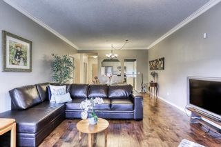 """Photo 4: 204 5646 200 Street in Langley: Langley City Condo for sale in """"Cambridge Court"""" : MLS®# R2384457"""
