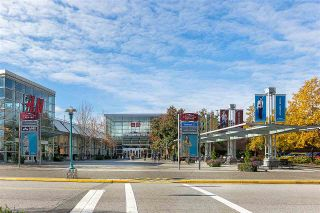"""Photo 16: PH8 1163 THE HIGH Street in Coquitlam: North Coquitlam Condo for sale in """"Kensington Court"""" : MLS®# R2452327"""