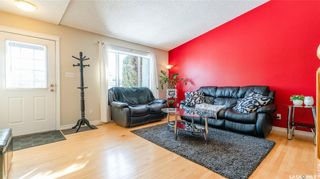 Photo 10: 122 Stacey Crescent in Saskatoon: Dundonald Residential for sale : MLS®# SK803368