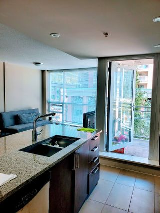 Photo 6: 603 2978 GLEN Drive in Coquitlam: North Coquitlam Condo for sale : MLS®# R2535383
