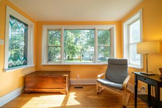 Photo 4: 39 ESSEX Avenue in Winnipeg: St Vital Residential for sale (2D)  : MLS®# 202120857