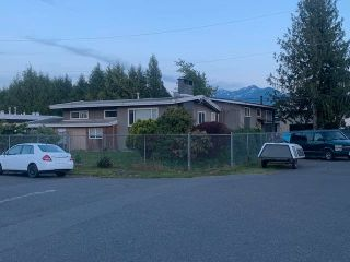 """Photo 2: 9018 - 9022 GARDEN Street in Chilliwack: Chilliwack E Young-Yale House for sale in """"Garden City Park"""" : MLS®# R2586092"""