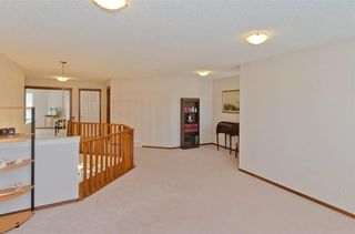 Photo 22: 70 Cresthaven Way SW in Calgary: Crestmont Detached for sale : MLS®# C4285935