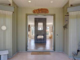 Photo 4: 5601 NICKERSON Road in Sechelt: Sechelt District House for sale (Sunshine Coast)  : MLS®# R2480858