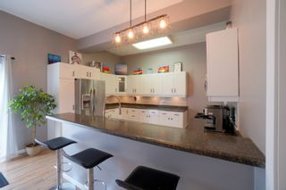 Photo 15: 135 2nd Street in Oakville: House for sale : MLS®# 202114632