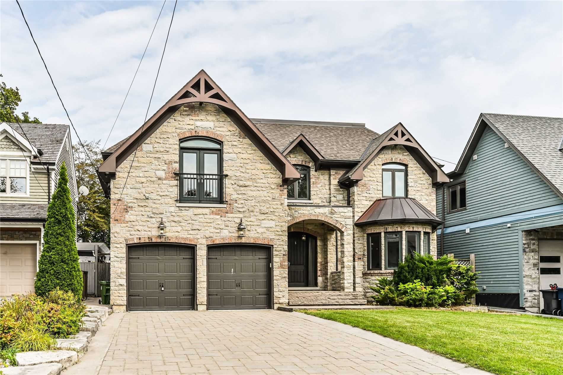 Main Photo: 5 Fenwood Heights in Toronto: Cliffcrest House (2-Storey) for sale (Toronto E08)  : MLS®# E5372370