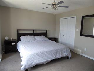 Photo 12: 3814 Whitelaw Place NW in Edmonton: Zone 56 House Half Duplex for sale : MLS®# E4253559
