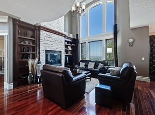 Photo 9: 18 Coulee View SW in Calgary: Cougar Ridge Detached for sale : MLS®# A1145614