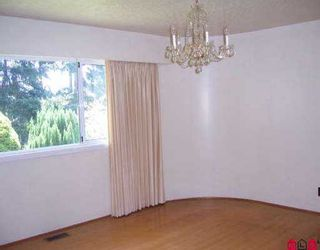 "Photo 5: 13539 16TH AV in White Rock: Crescent Bch Ocean Pk. House for sale in ""AMBLE GREEN / OCEAN PARK"" (South Surrey White Rock)  : MLS®# F2610794"