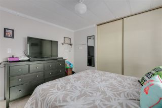 """Photo 11: 326 1840 160 Street in Surrey: King George Corridor Manufactured Home for sale in """"BREAKAWAY BAYS"""" (South Surrey White Rock)  : MLS®# R2489380"""