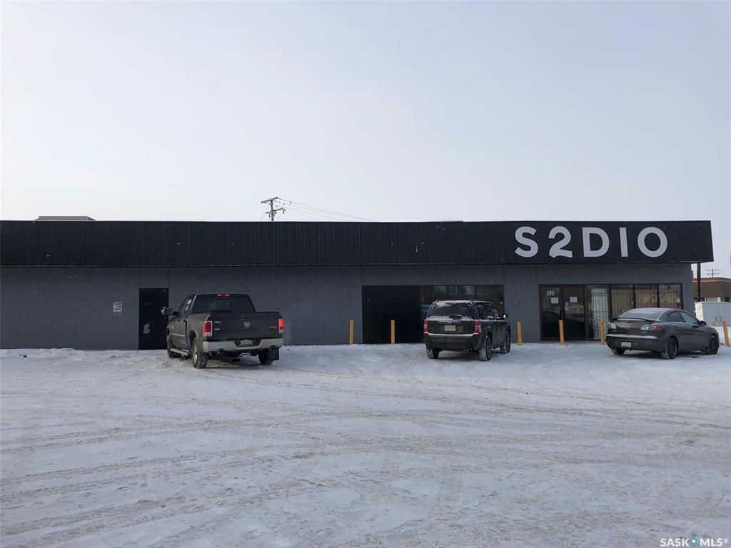 Main Photo: 107 15th Street West in Prince Albert: Midtown Commercial for sale : MLS®# SK855294