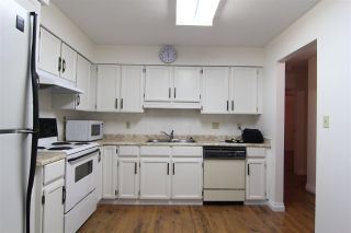 """Photo 2: 201 32040 TIMS Avenue in Abbotsford: Abbotsford West Condo for sale in """"Maplewood Manor"""" : MLS®# R2364559"""