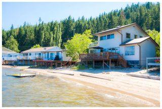 Photo 2: 2 334 Tappen Beach Road in Tappen: Fraser Bay House for sale : MLS®# 10138843
