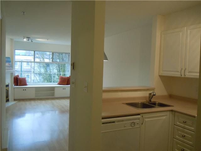 Photo 5: Photos: 307 2388 TRIUMPH Street in Vancouver: Hastings Condo for sale (Vancouver East)  : MLS®# V1094693