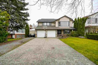 Main Photo: 27126 26 Avenue in Langley: Aldergrove Langley House for sale : MLS®# R2562051