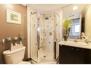 Photo 14: 1102 124 1ST Street W in North Vancouver: Home for sale : MLS®# V1103251