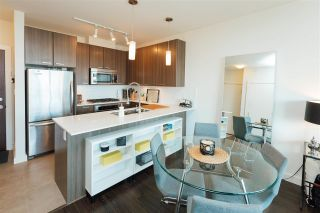 Photo 2: 507 2789 SHAUGHNESSY STREET in Port Coquitlam: Central Pt Coquitlam Condo for sale : MLS®# R2143891