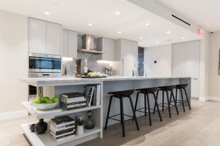 """Photo 2: TH3 1335 HOWE Street in Vancouver: Downtown VW Townhouse for sale in """"1335 HOWE"""" (Vancouver West)  : MLS®# R2497540"""