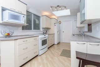 Photo 4: 1613 142 STREET in Surrey: Sunnyside Park Surrey House for sale (South Surrey White Rock)  : MLS®# R2030675