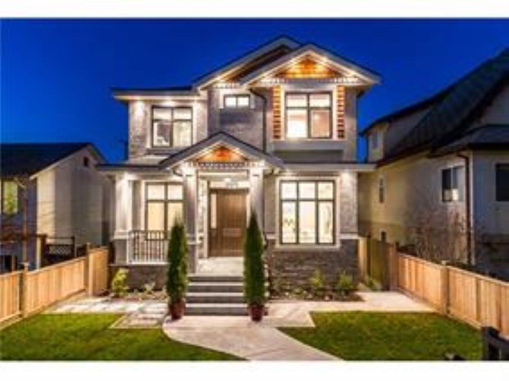Main Photo: 3175 E 22ND Avenue in Vancouver: Renfrew Heights House for sale (Vancouver East)  : MLS®# R2340781