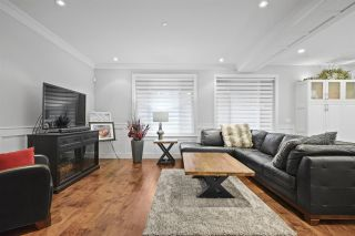 "Photo 4: 20924 HUNTER Place in Maple Ridge: Southwest Maple Ridge House for sale in ""West Maple Ridge"" : MLS®# R2427239"