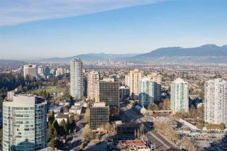 """Photo 12: 3907 4670 ASSEMBLY Way in Burnaby: Metrotown Condo for sale in """"STATION SQUARE 2"""" (Burnaby South)  : MLS®# R2332808"""