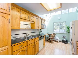 """Photo 8: 10 4855 57 Street in Delta: Hawthorne Townhouse for sale in """"WILLOW LANE"""" (Ladner)  : MLS®# R2395167"""