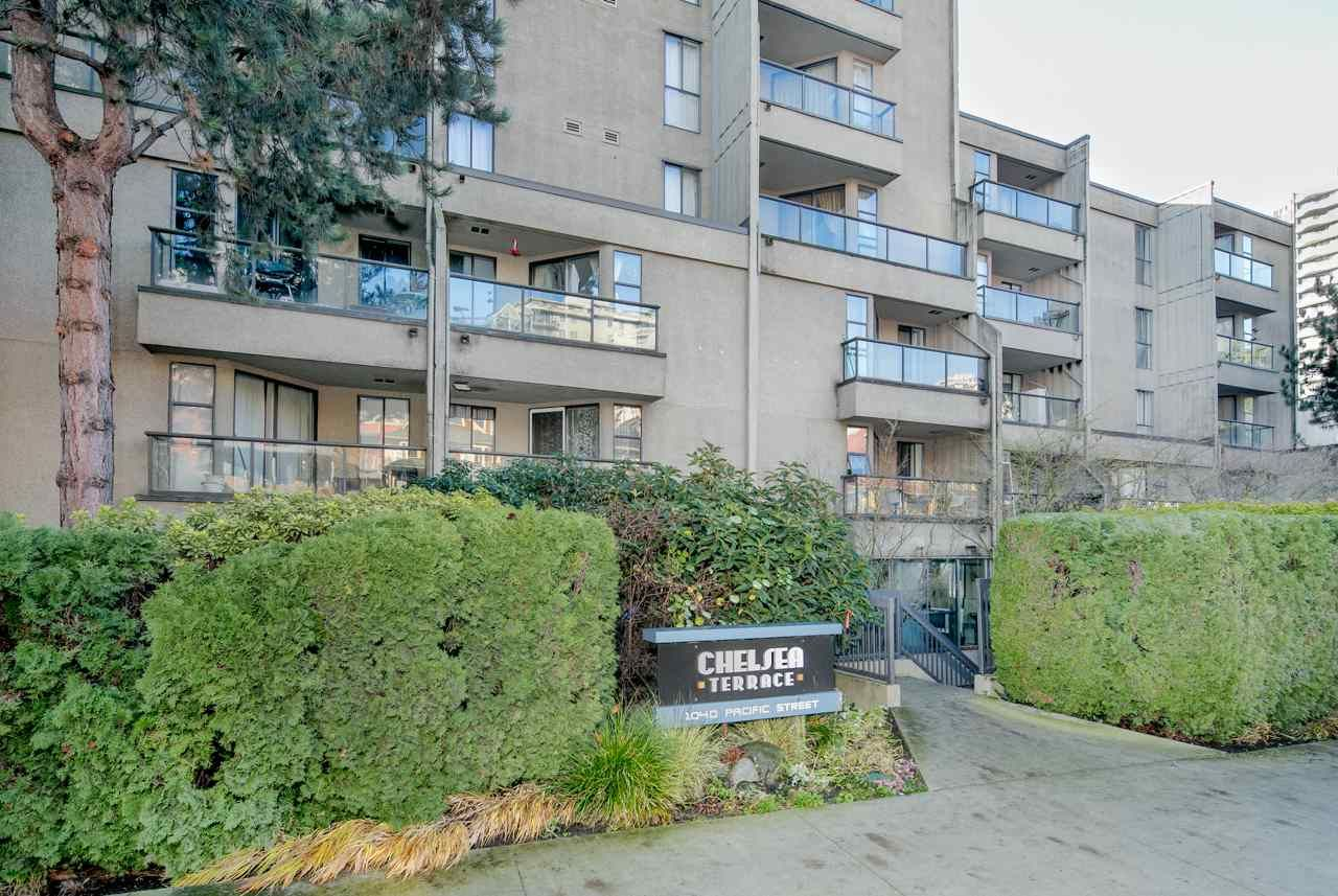 """Main Photo: PH4 1040 PACIFIC Street in Vancouver: West End VW Condo for sale in """"CHELSEA TERRACE"""" (Vancouver West)  : MLS®# R2226216"""