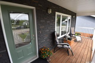 Photo 2: 112 Peters Drive in Nipawin: Residential for sale : MLS®# SK871128