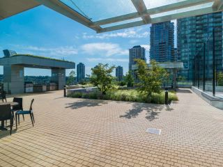 """Photo 20: 2408 4485 SKYLINE Drive in Burnaby: Brentwood Park Condo for sale in """"SOLO DISTRICT - ALTUS"""" (Burnaby North)  : MLS®# R2373957"""