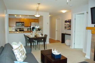 """Photo 6: 307 15 SMOKEY SMITH Place in New Westminster: GlenBrooke North Condo for sale in """"THE WESTERLY"""" : MLS®# R2007734"""