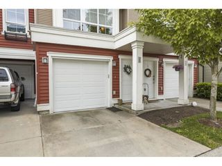 """Photo 2: 28 19505 68A Avenue in Surrey: Clayton Townhouse for sale in """"Clayton Rise"""" (Cloverdale)  : MLS®# R2586788"""