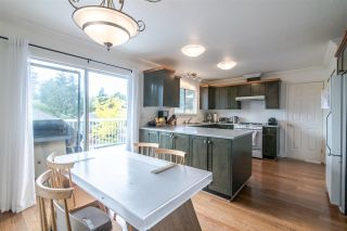 Photo 4: 1972 DUNROBIN CRESCENT in North Vancouver: Blueridge NV House for sale : MLS®# R2391503