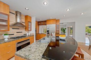 Photo 9: LA JOLLA House for sale : 4 bedrooms : 6830 Paseo Laredo